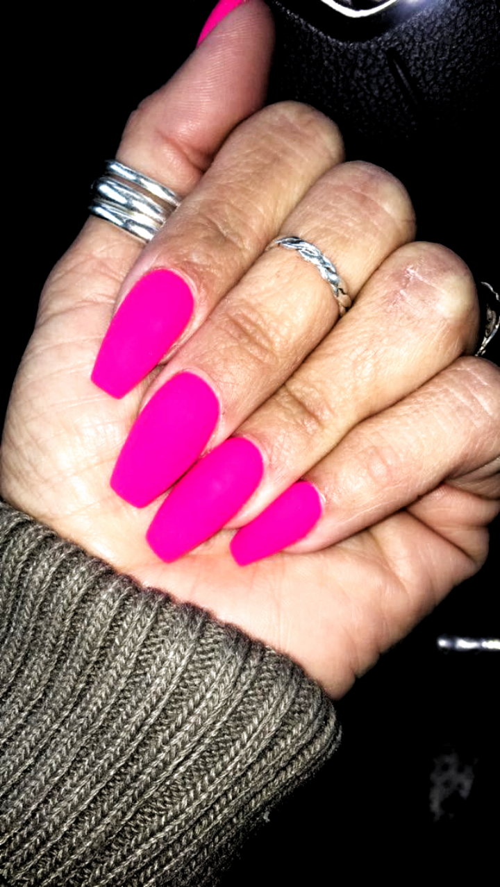 Matte Neon Pink Coffin Shape Hot Pink Nails Acrylic 2020 In 2020 Matte Pink Nails Neon Pink Nails Pink Acrylic Nails