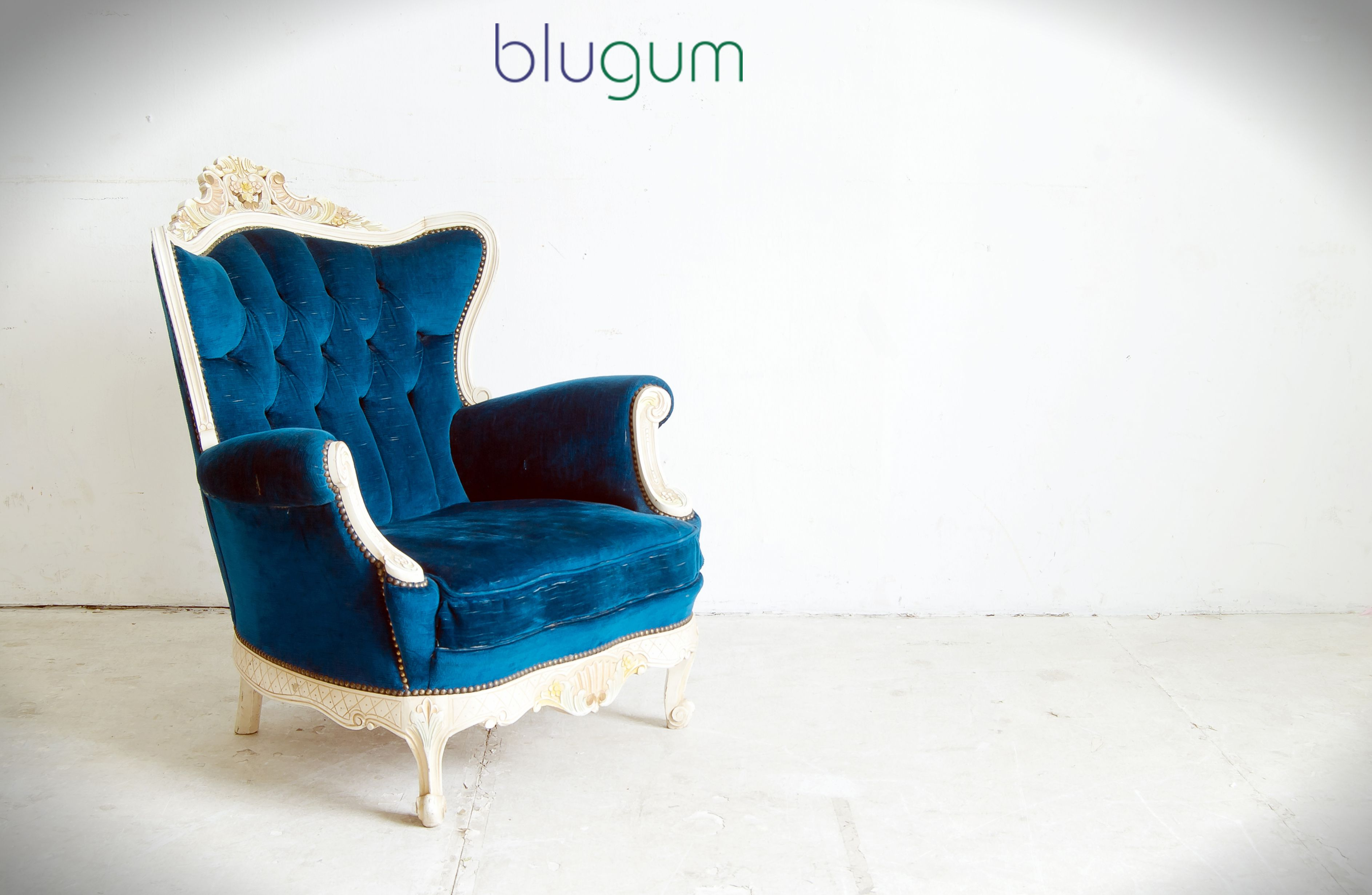 Any home can be castle when the kind and queen are in love! www.blugum.com/seating/sofas.html