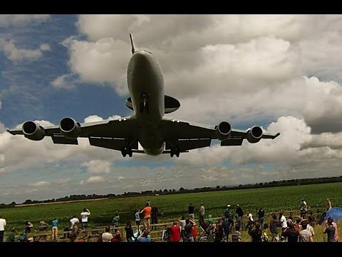 Best Flypasts From Waddington 2011. - YouTube