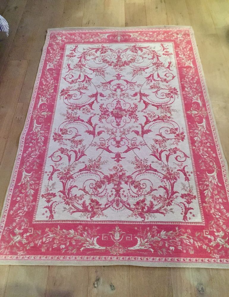 Laura Ashley Pink Josette Rug Measuring 178cm By 118cm In Excellent Condition Ebay
