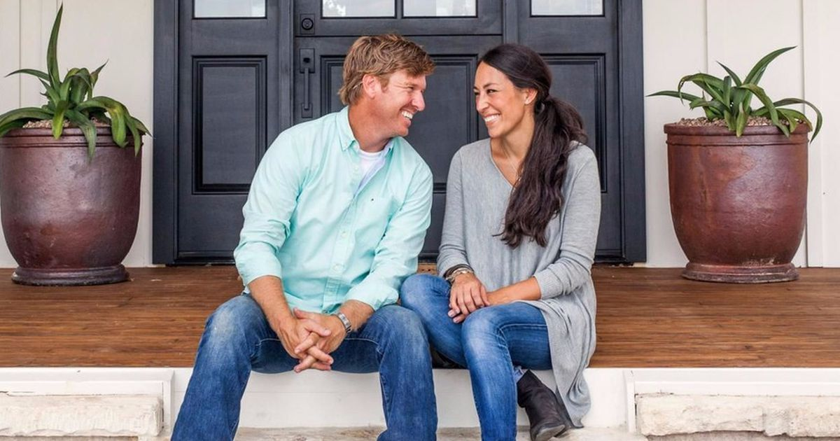 Fixer Upper Star Takes To Twitter To Address Lawsuit Chip