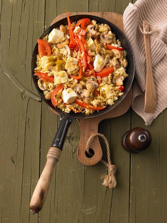 Vegetarische Reispfanne, ein beliebtes Rezept aus der Kategorie Gemüse. Bewertungen: 139. Durchschnitt: Ø 4,3.