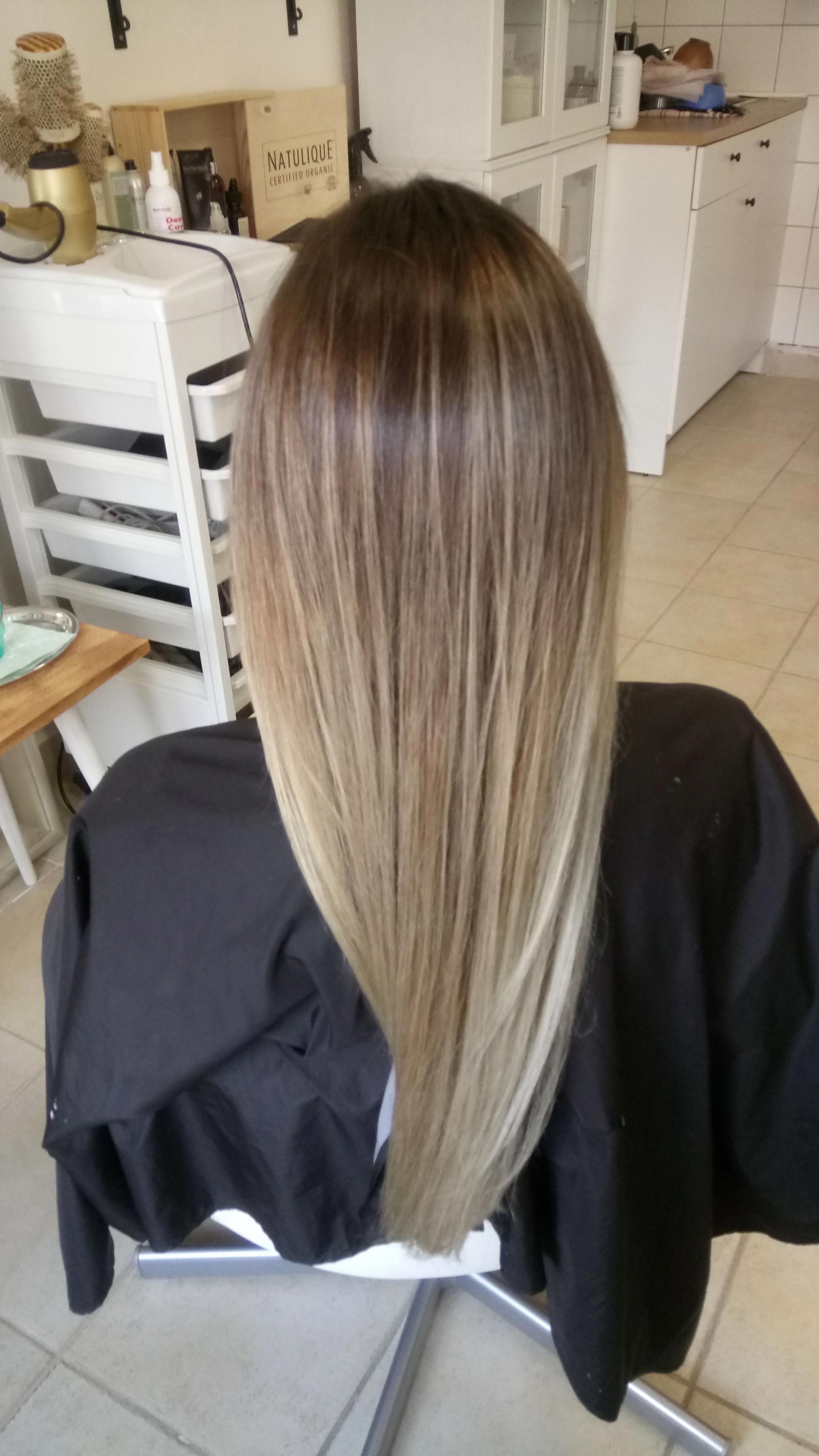 Balayage Blonde Brown Long Hair Straight Ombrestraighthair Balayage Straight Hair Balayage Hair Blonde Straight Straight Blonde Hair