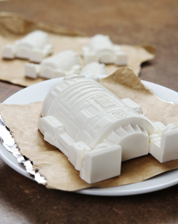 Friday Fun: Star Wars and Marvel Kitchen Goodies! | the disney food ...