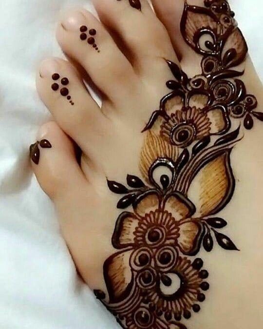 #feet #feetmehndi #feetpics #mehandi #tattoos #tatoo #art #artist #fashion #bridalmehendi #diy #mymehndi #myhenna #mehandi #tattoo #tattoos #tattoodesigns #art #fashion #photography #simplemehndi #mehandi #tattoo #tattoos