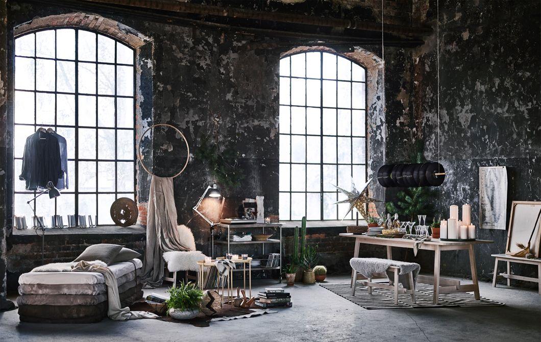 eine weihnachtlich dekorierte loftwohnung industrial. Black Bedroom Furniture Sets. Home Design Ideas