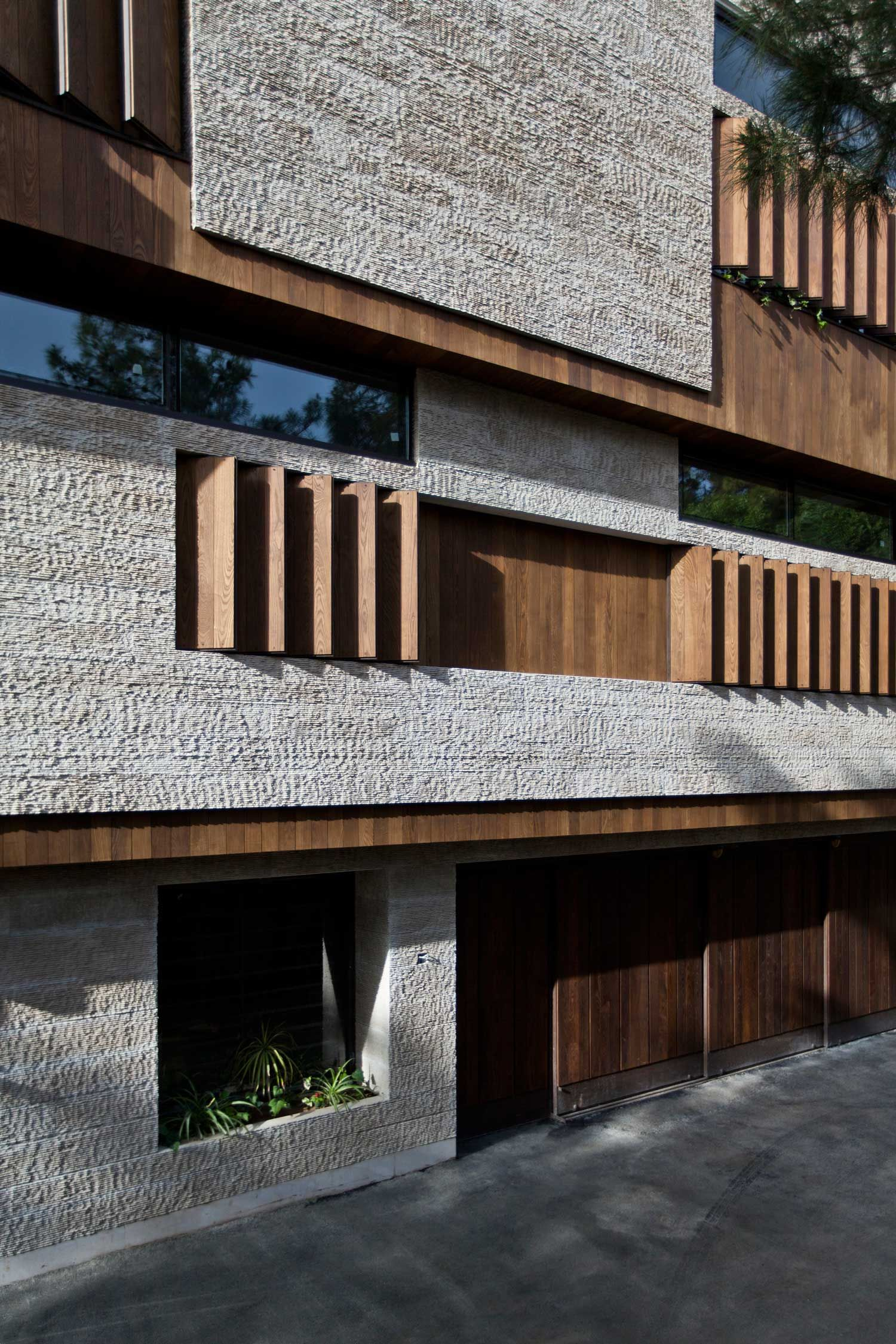 Mehrabad House Sarsayeh Architectural Office: Stories On Design: Iran's Contemporary Architecture Boom.