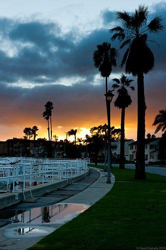 Sun Setting Over Long Beach By Theqspeaks Via Flickr With Images Long Beach Treasure Island Beach