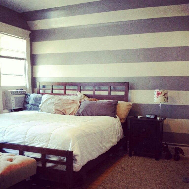 Bedroom Painted Vertical Strips Accent Wall Ideas: Striped Accent Wall #accentwall #paint #bedroom