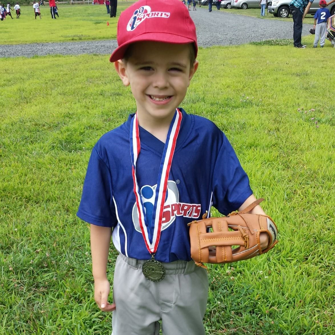 Learning Good Sportsmanship Is One Of The Most Important Things Kids Learn In Youth Sports I9sports Youth Sports Sportsmanship Helping Kids