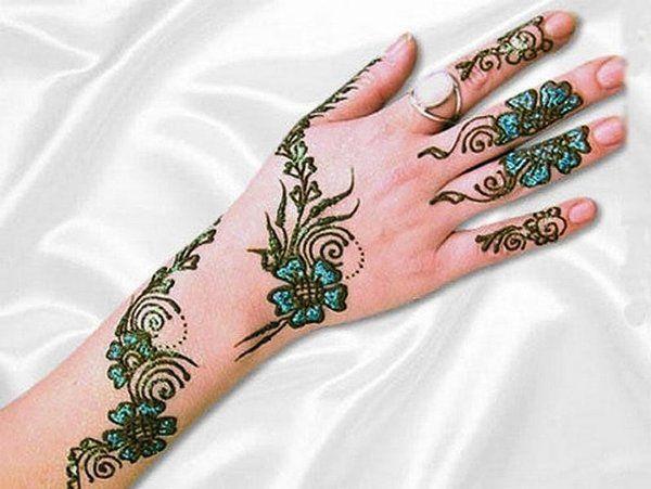 Tattoo Mehndi Tangan : Simple mehndi designs for hands motifs design back