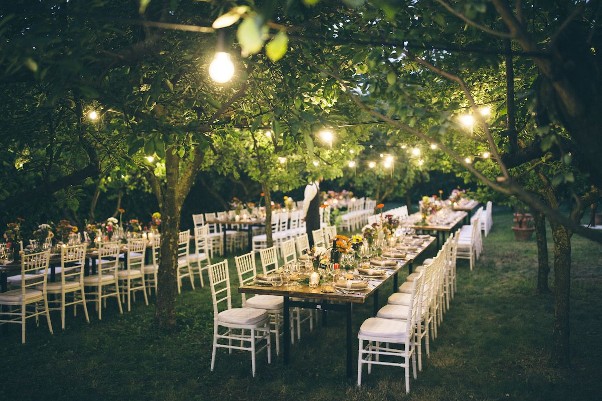 Matrimonio Tema Giardino Zen : Un matrimonio country chic nel giardino di casa