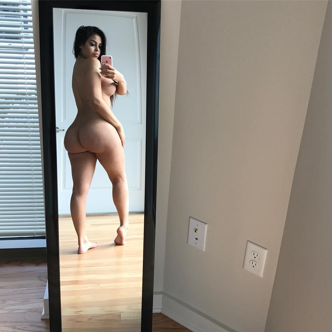 thick-and-sexy-hoes-naked-busty-shemales-fucking-babes-videos