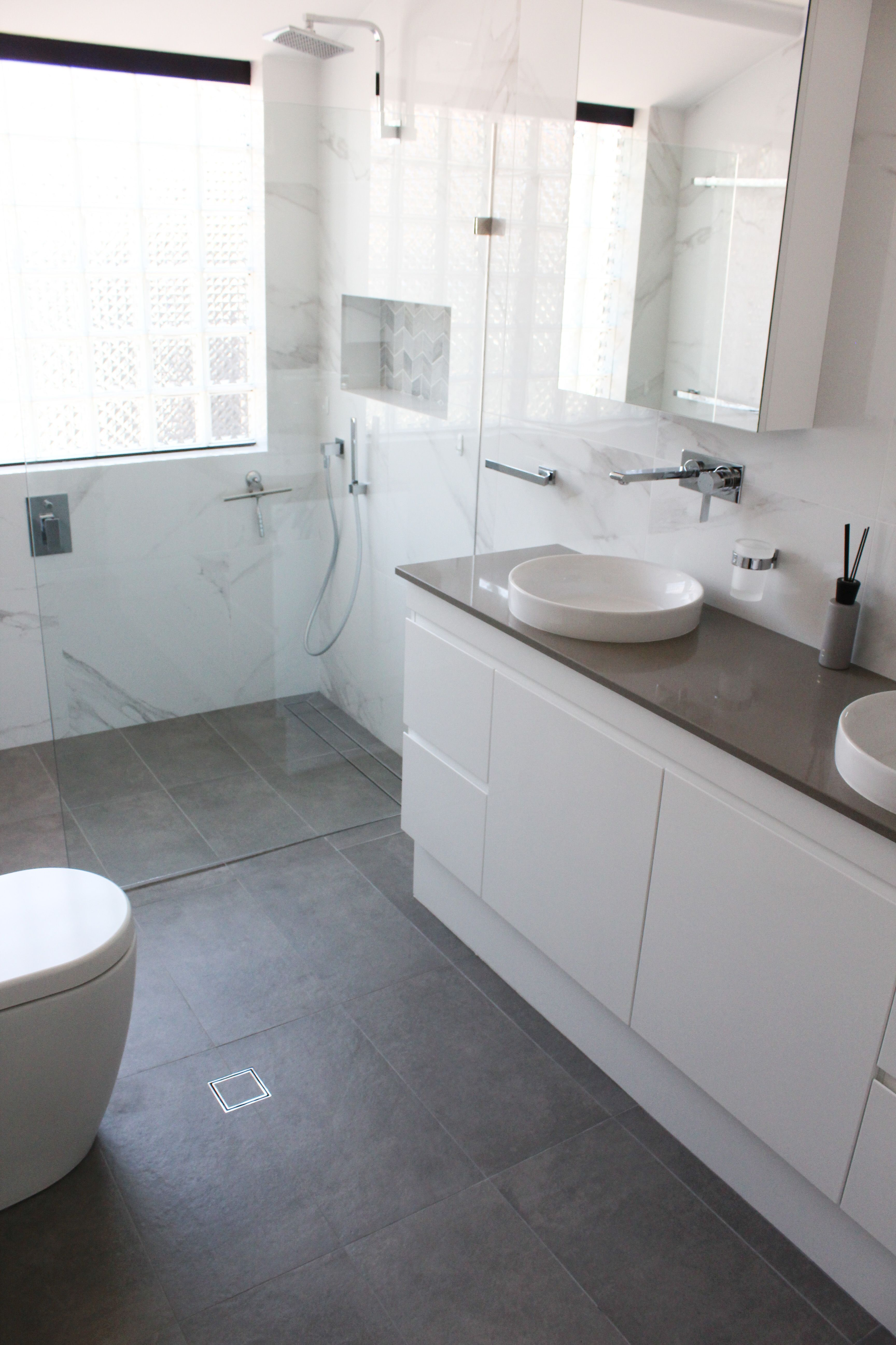 Bathroom Renovations Perth White Marble Tiles White Marble Bathrooms White Marble Tile Bathroom