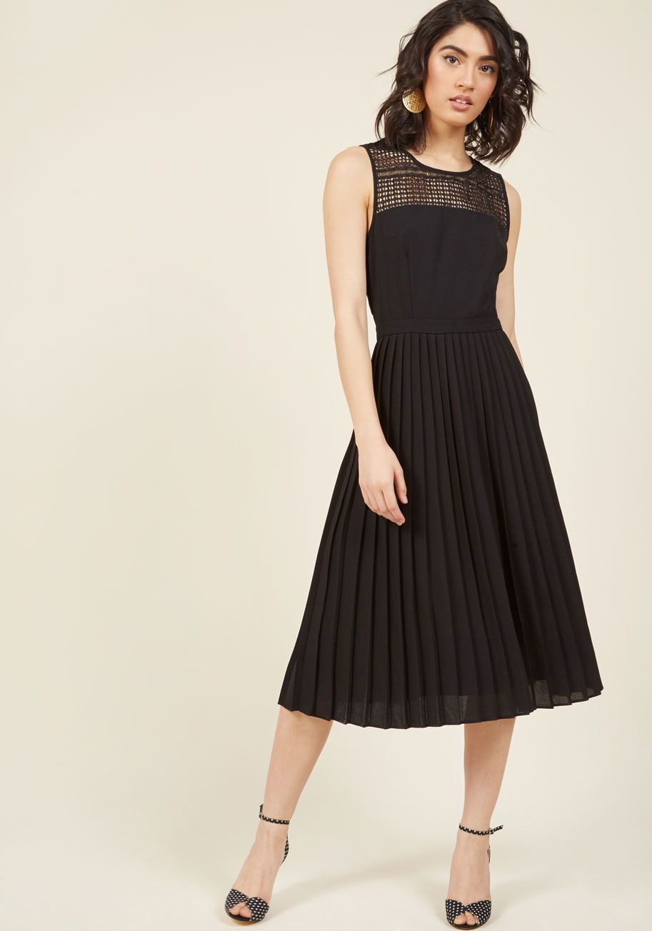 Refreshingly fetching midi dress in noir black like i need more