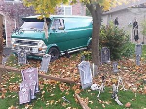 """""""No Tell Motel"""" 2nd Gen Custom Ford Van with all the goodies."""