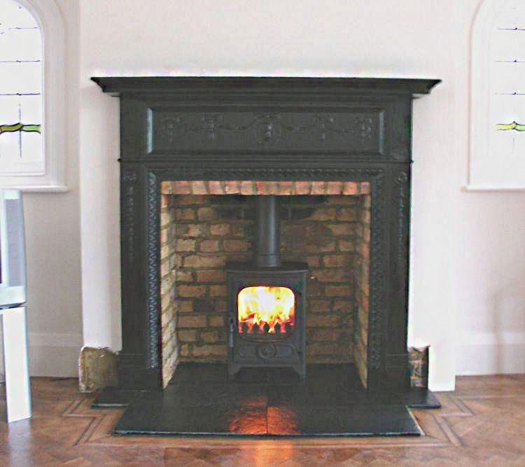 Antique Edwardian Cast Iron mantel with slate tiled hearth, original  builders hole brick chamber and - Antique Edwardian Cast Iron Mantel With Slate Tiled Hearth