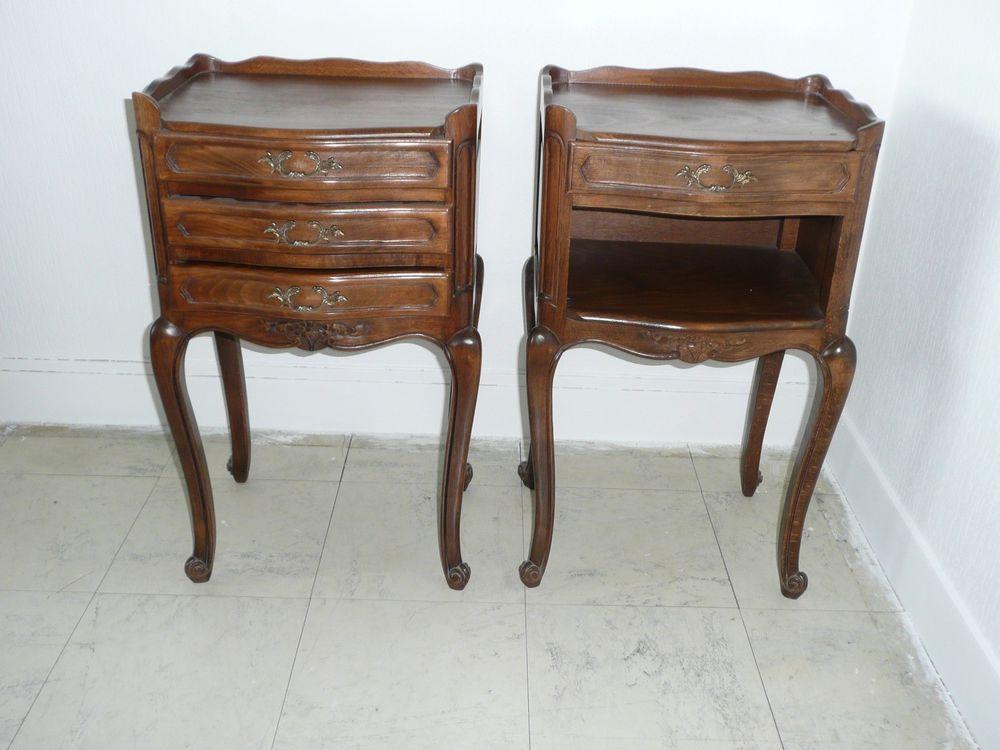Paire de tables de chevets style Louis XV Pinterest