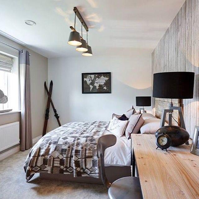 Ski theme bedroom