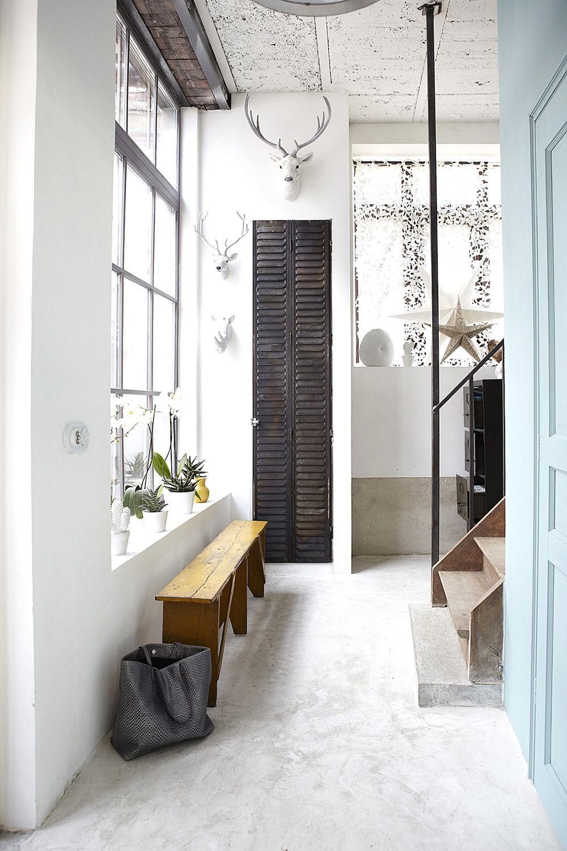 Casa industrial en Copenhague #industrial #tiendaonline #aperfectlittlelife #regalos #decoracion ☁ ☁ A Perfect Little Life ☁ ☁ Para ver más, visita nuestra web: www.aperfectlittlelife.com ☁