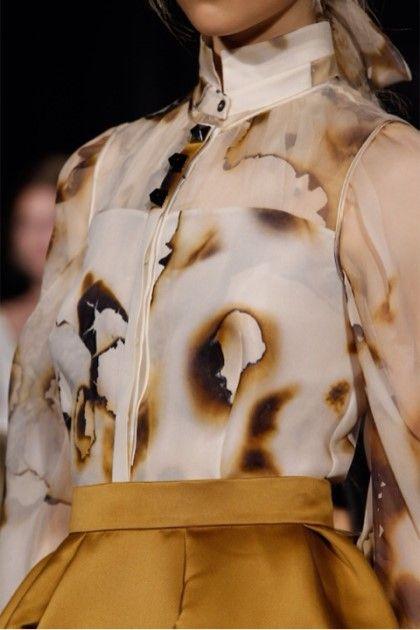 [영국 패션 유학 포트폴리오] fabric manipulation을 이용한 디자인 : 네이버 블로그 #fabricmanipulation