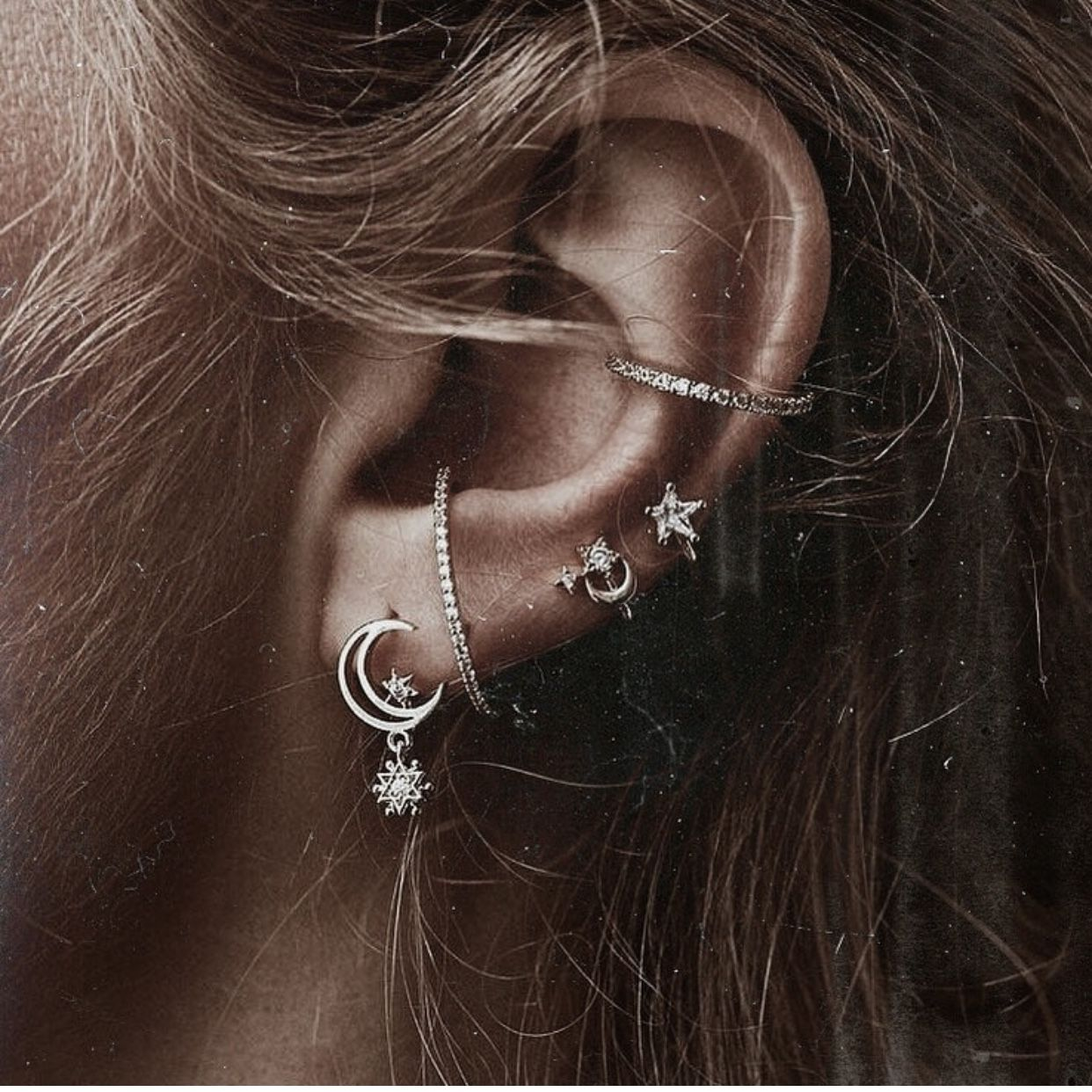 Septum piercing vs nose piercing  Pin by Eleanor Schwennesen on Piercings  Pinterest  Piercings