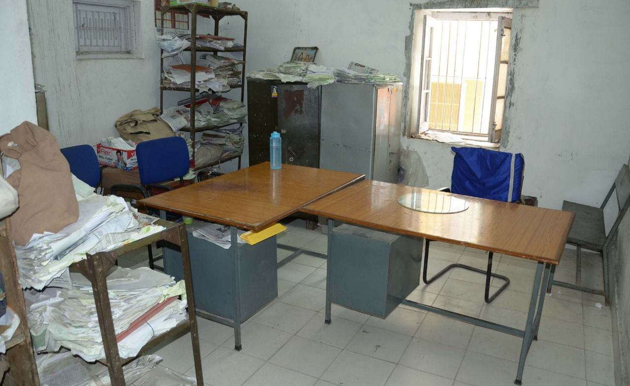 Enjoyable Government Offices Remain Empty As Employees Protest Download Free Architecture Designs Scobabritishbridgeorg