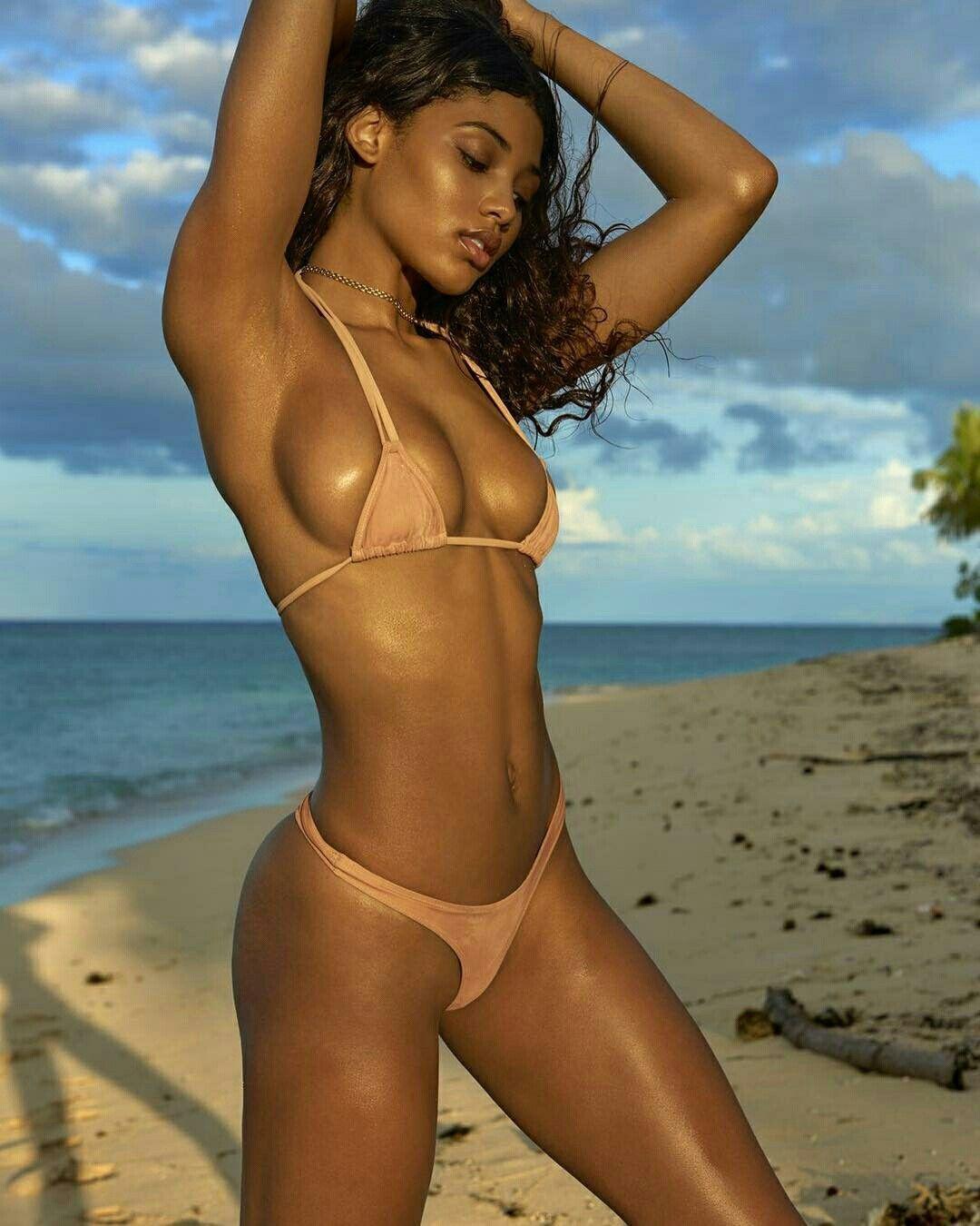 Danielle Herrington Swimsuit Issue Swimsuits Danielle Herrington