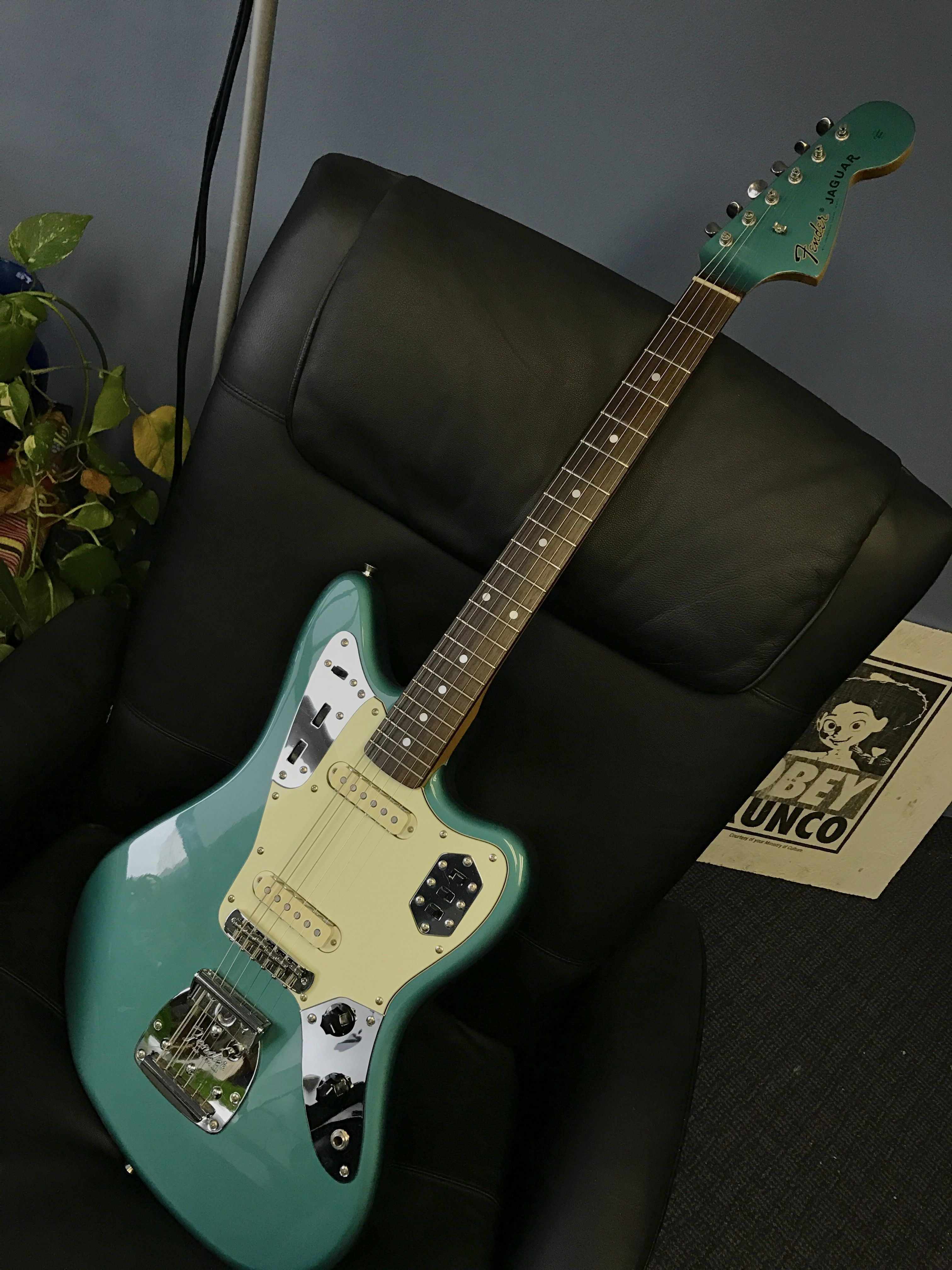 Cij Ocean Turquoise Metallic Fender Jaguar Fender Jaguar Jaguar Fender Guitars