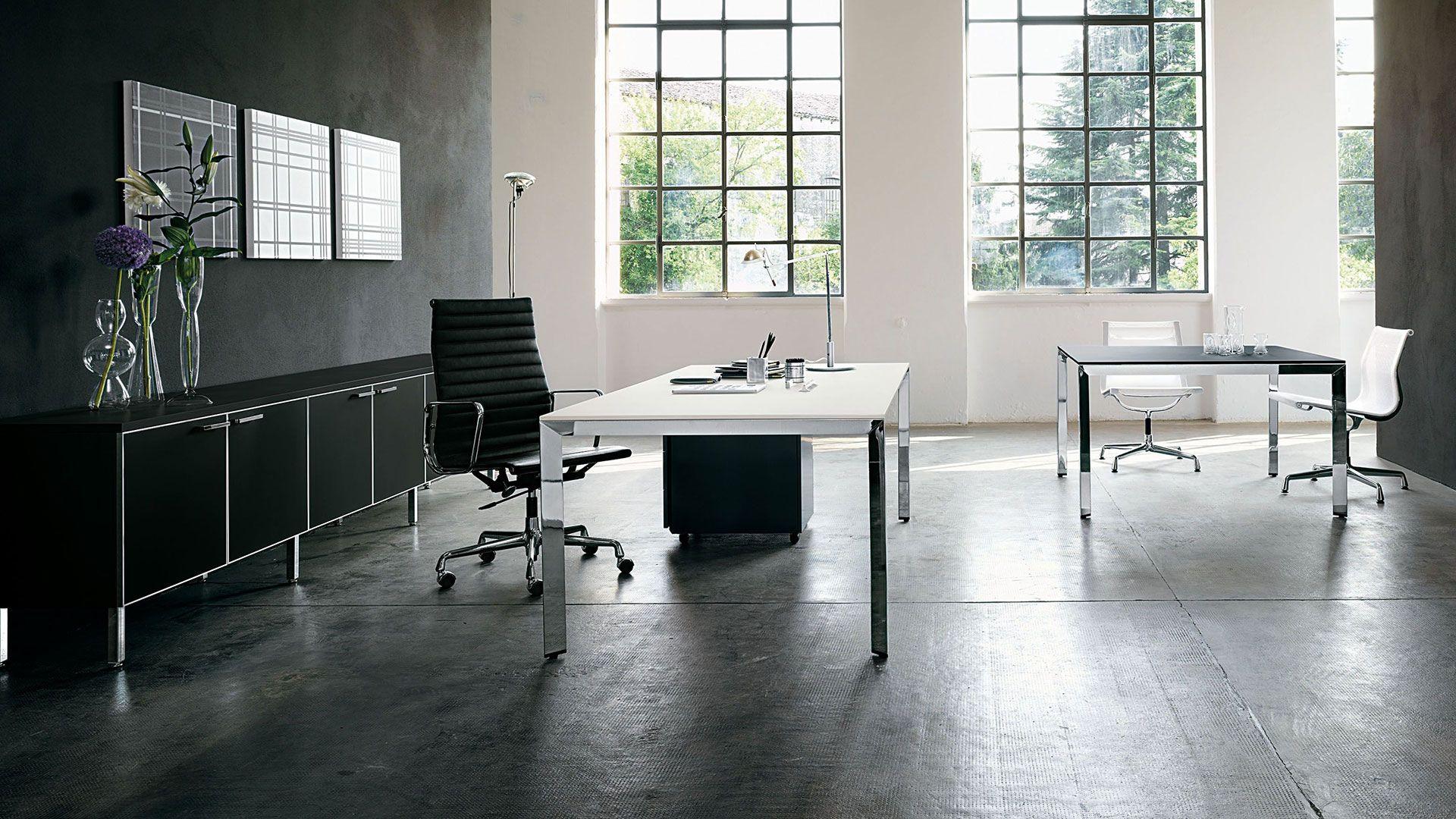 Chefbüro-Chefzimmer-Chefschreibtisch 200 x 100 cm in der Trendfarbe ...