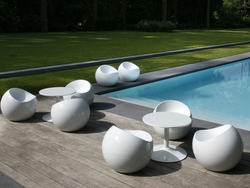 Ball chair white, modern outdoor furniture | Outdoor ...