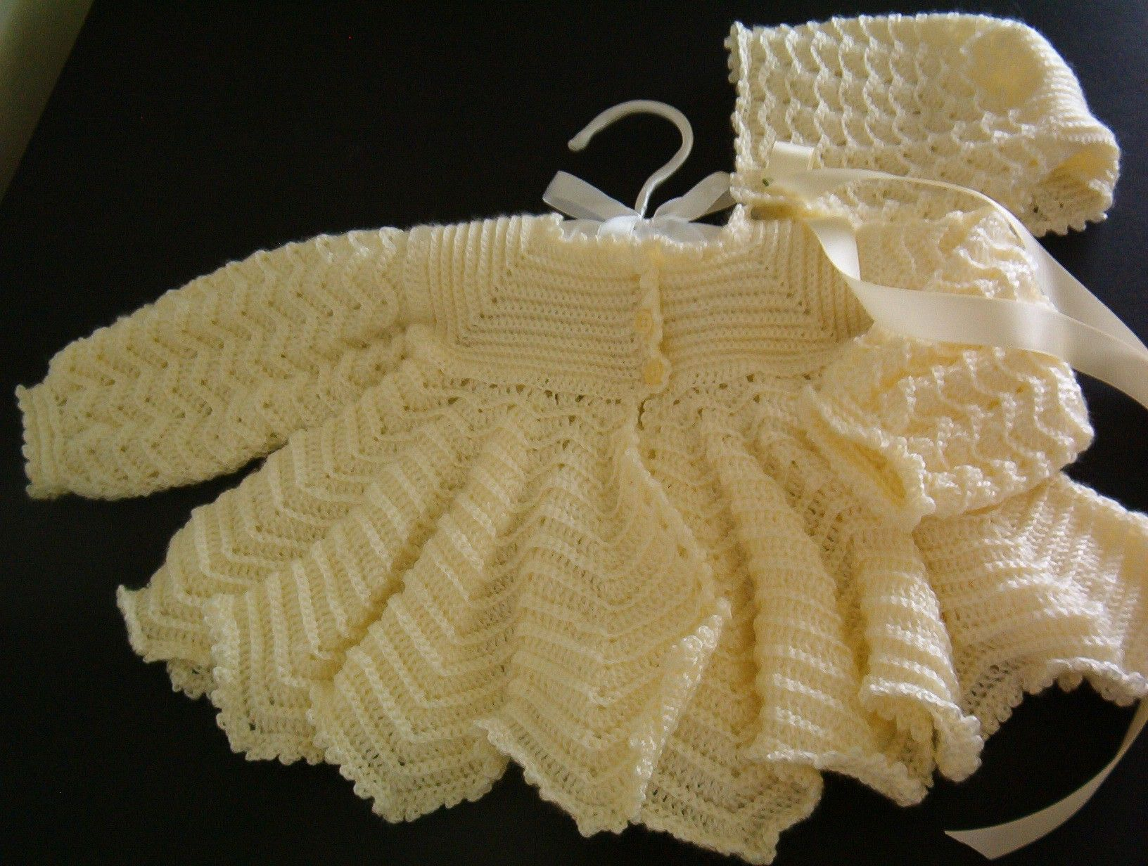 5259a9adeadc Craft Passions  Baby Set.  free   crochet pattern link here ...