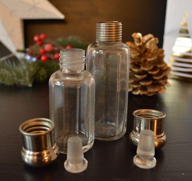 Vintage Glasfläschchen Glasgewinde Metalldeckel Aufbewahrung Reisegröße Weihnachtsgeschenk Wichteln Requisite vintage shoot flat lay von VintageLoppisStyle auf Etsy