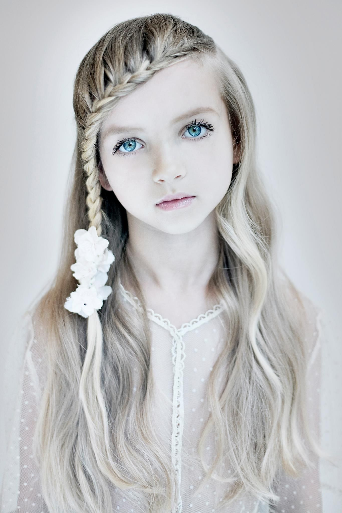 So cute! Photography by Tanneke Peetoom. | Hair and makeup trends ...