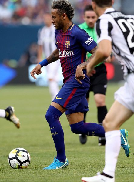 e9ce46fcd6c Neymar  11 of Barcelona drives to the goal in the first half against  Juventus during