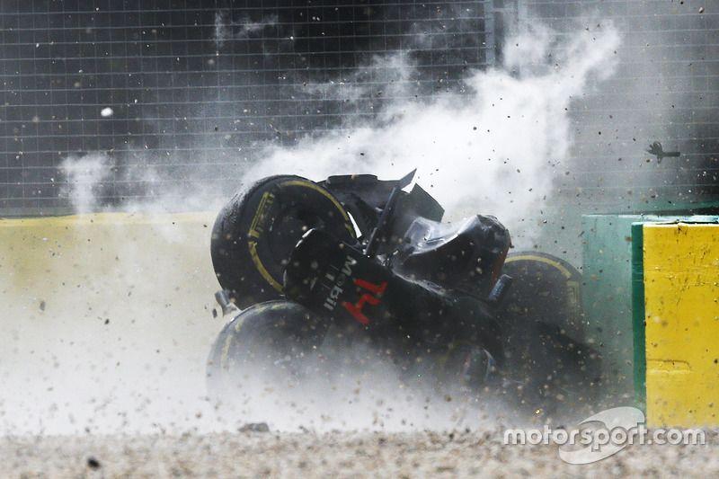 Fernando alonso mclaren mp431 in a huge crash at