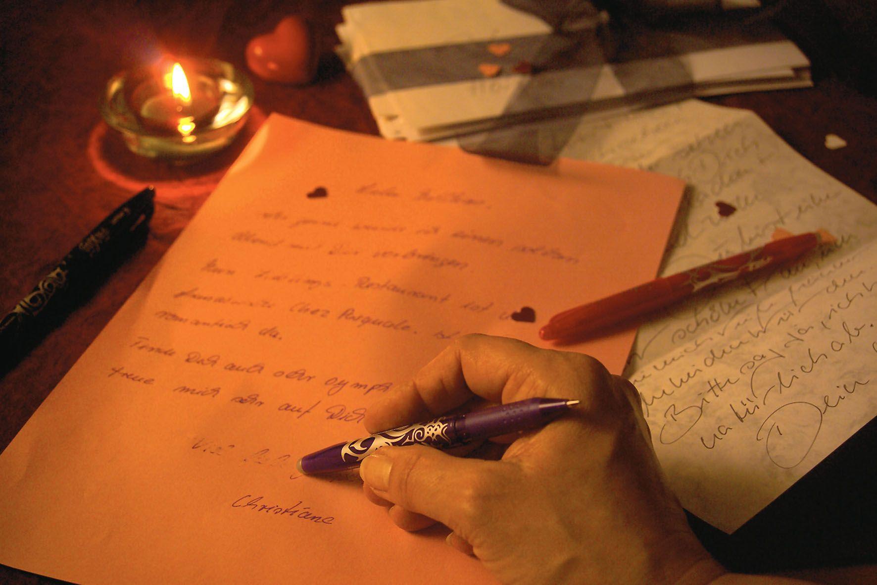 Persönliche Zeilen schreibt man besser mit der Hand in ...