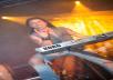 Por 5 € Te grabo un vídeo HD tocando al piano tu canción ó balada de rock favorita.