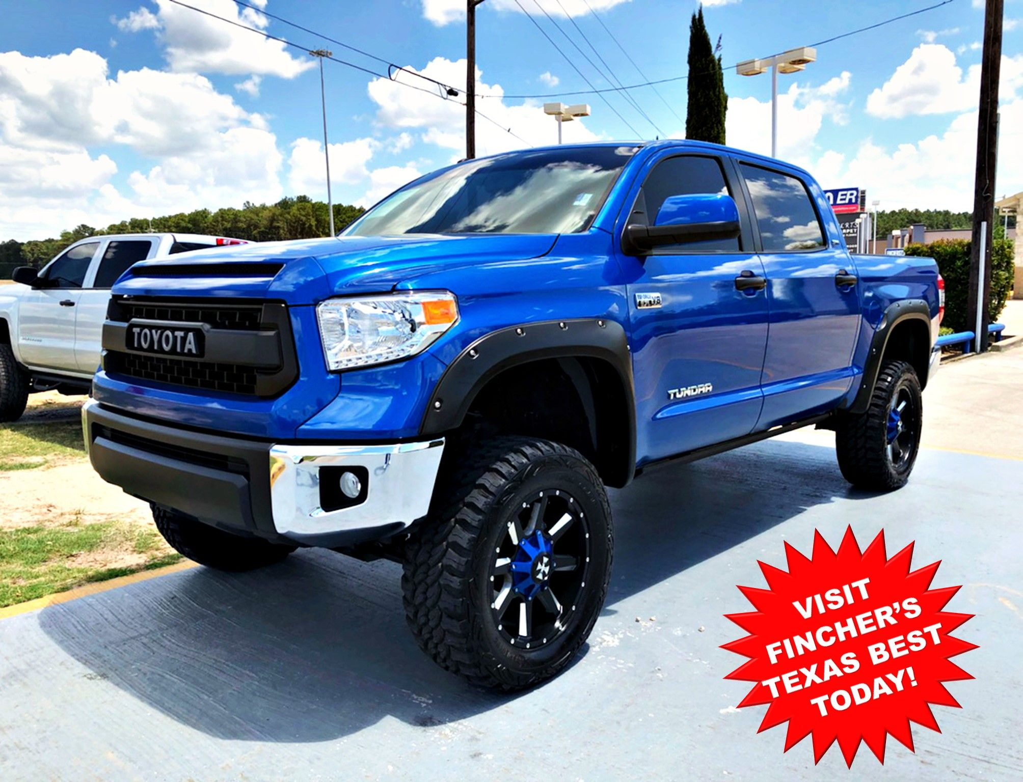 New Inventory Daily Custom Lifted 2016 Toyota Tundra Sr5 For Sale At Fincher S Texas Best Located In Toyota Tundra Toyota Tundra Sr5 2016 Toyota Tundra