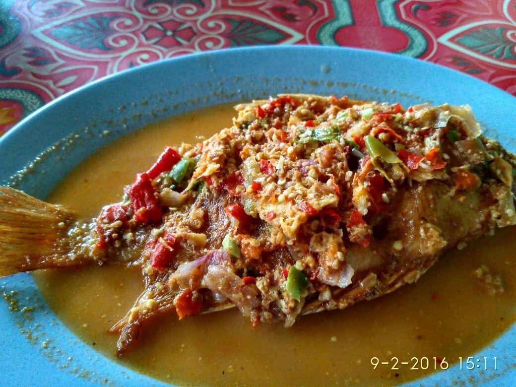 Pecak Ikan Khas Khas Betawi Jakarta Fish Indonesianfood Pecak Ikanmujair Ikan