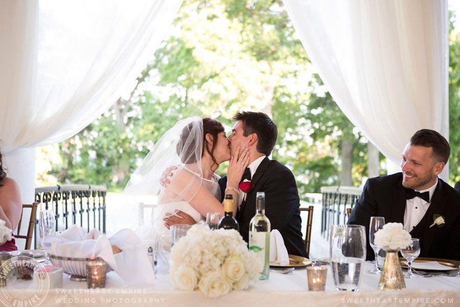 Wedding Kissing Games Geraldos At Lasalle Park Burlington Photographer Sweetheartempirephotography