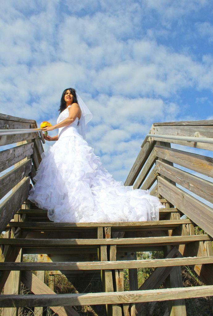 Statuesque Bride At Beach Wedding In New Smyrna Fl