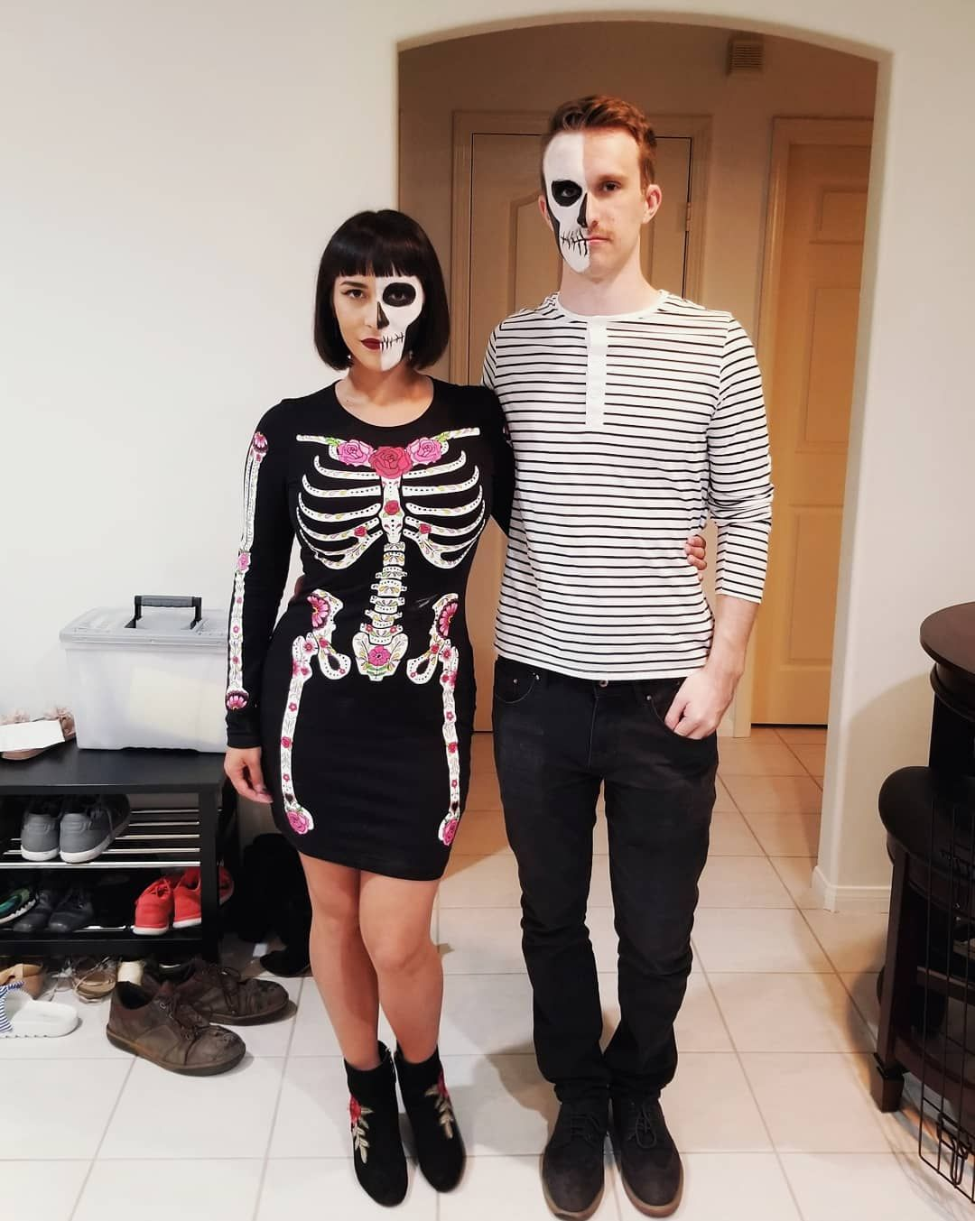 80 Cheap and Original DIY Couples Halloween Costumes For
