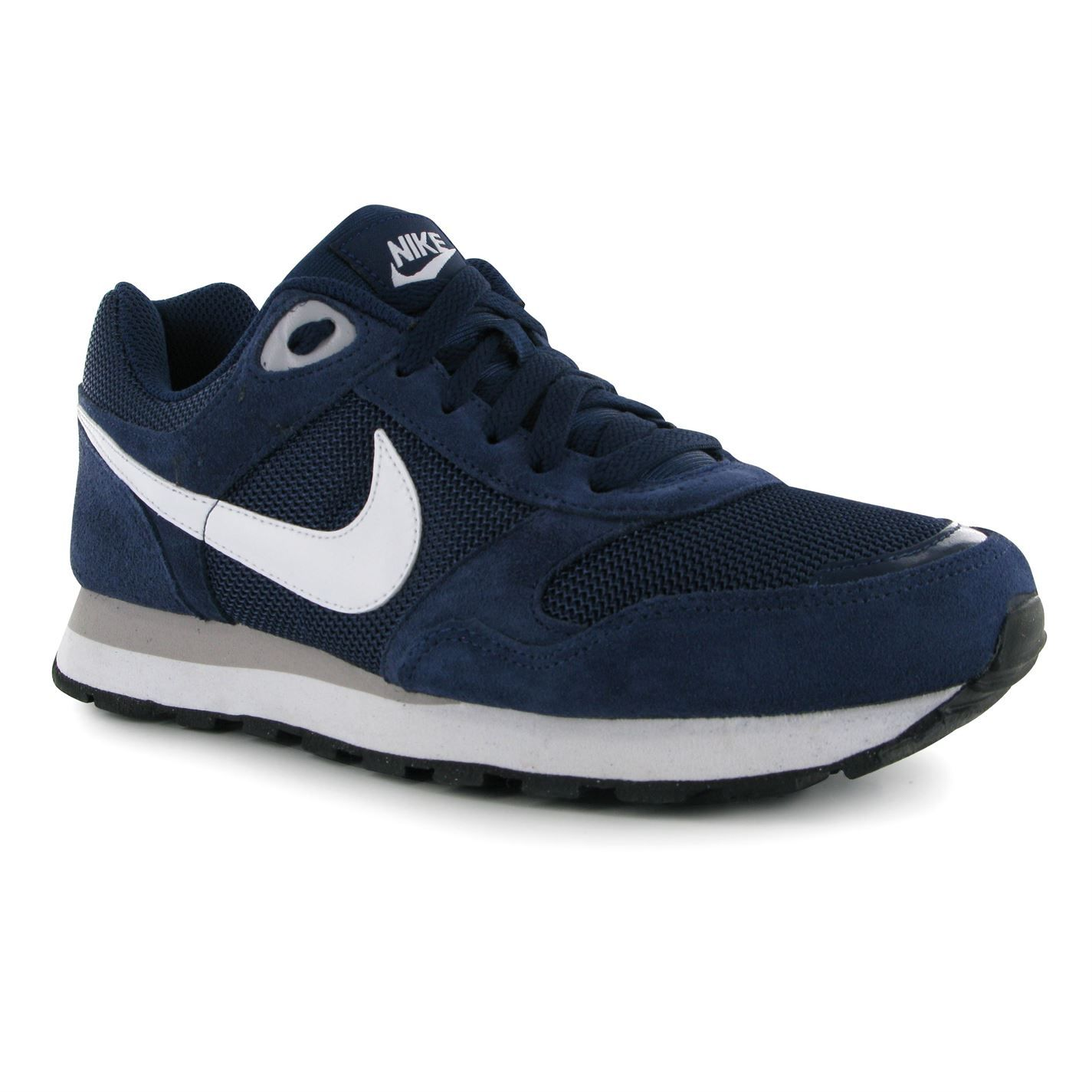 nike md runner textile trainers mens