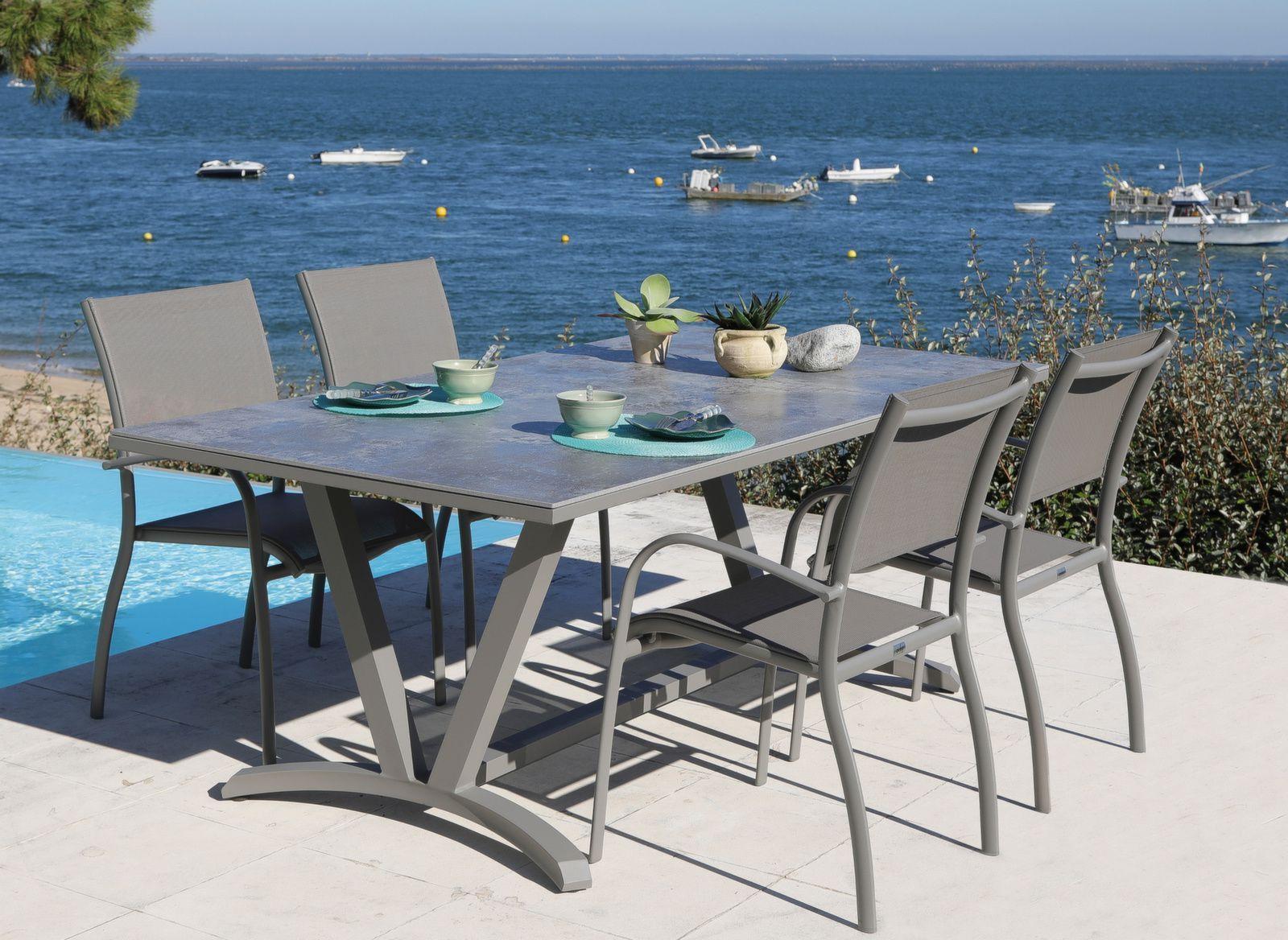 Table Aube 6 cm, plateau Dekton®  Mobilier de jardin design