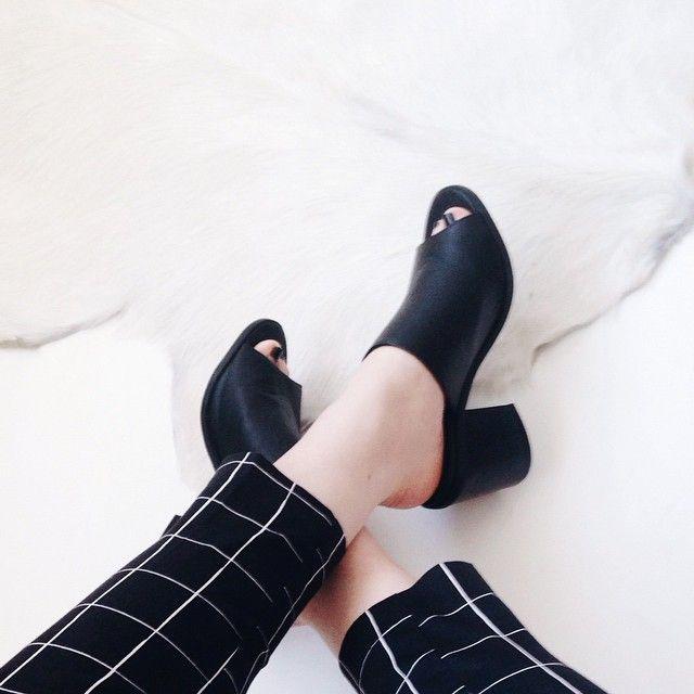 window pane print pants & mules #style #fashion #shoes