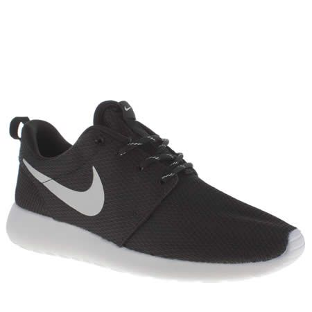 nike roshe trainers in black and white womens