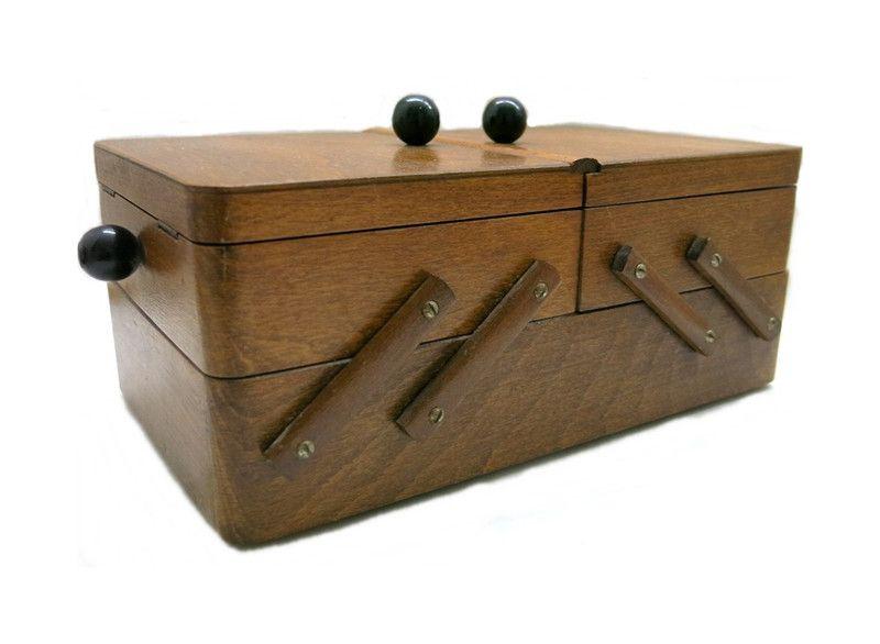 Nähkasten Holz Vintage von Zeitepochen - Shop auf DaWanda.com
