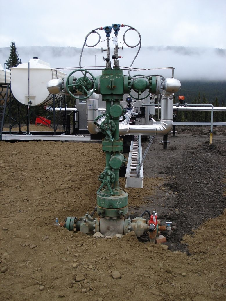 Christmas Tree In The Oil And Gas Industries Not To Be Confused With A Wellhead It Regulates The Flow Of Natural Gas Or Petrol Oil And Gas Gas Industry Gas