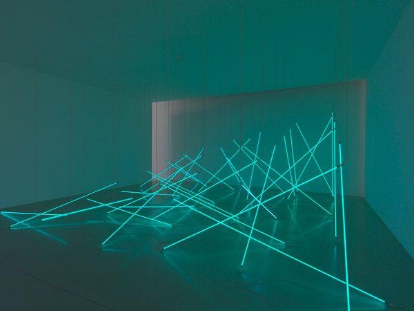 Fran ois morellet l avalanche 1996 36 tubes de n on for Neon artiste contemporain